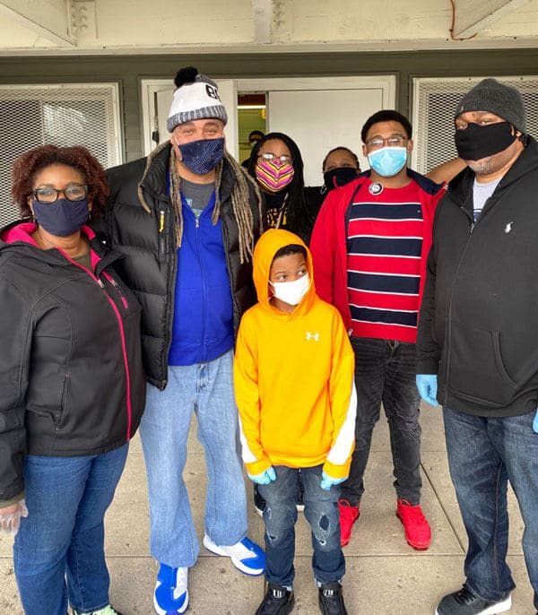 Members of Land of Lincoln Goodwill'sYouth Services division, Diversity, Equity & Inclusion team, along with AmeriCorp volunteers and others served free lunch meals to those in need in our community on Martin Luther King, Jr. Day.